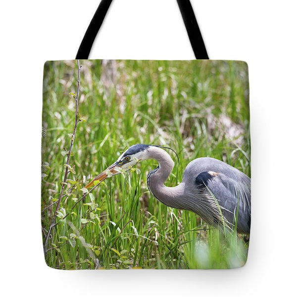 Tote Bag featuring the photograph B40 by Joshua Able's Wildlife