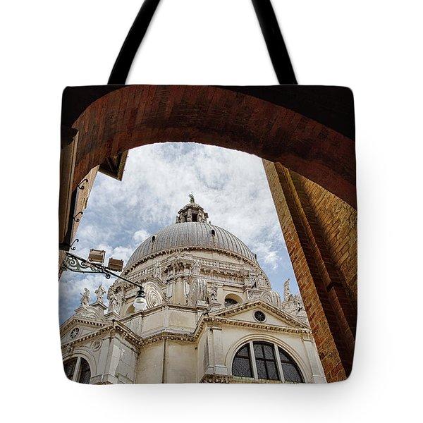 Basilica Di Santa Maria Della Salute Venice Italy Tote Bag