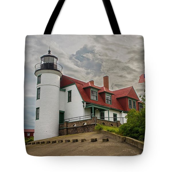 Bestie Point Lighthouse  Tote Bag