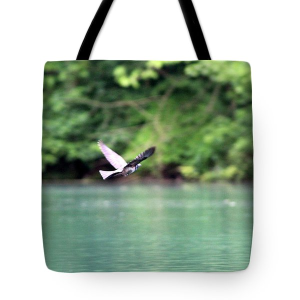 Tote Bag featuring the photograph Bird In Flight by W And F Kreations