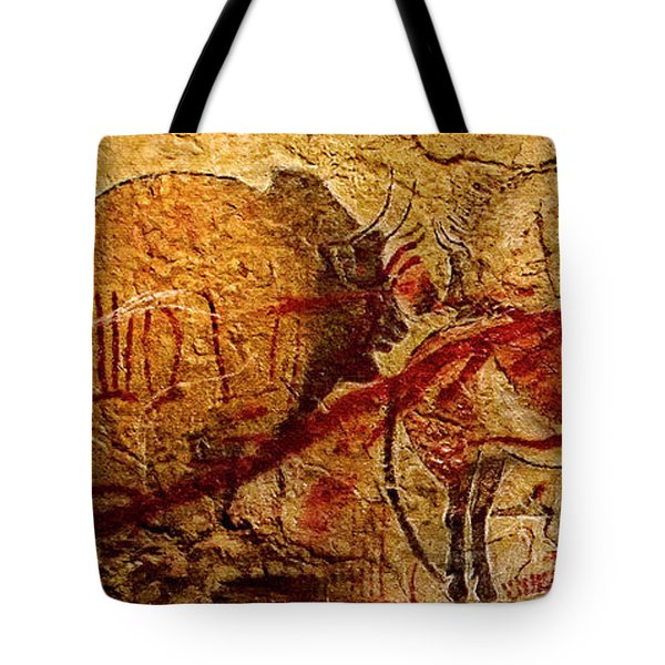 Bison Horse And Other Animals Closer - Narrow Version Tote Bag
