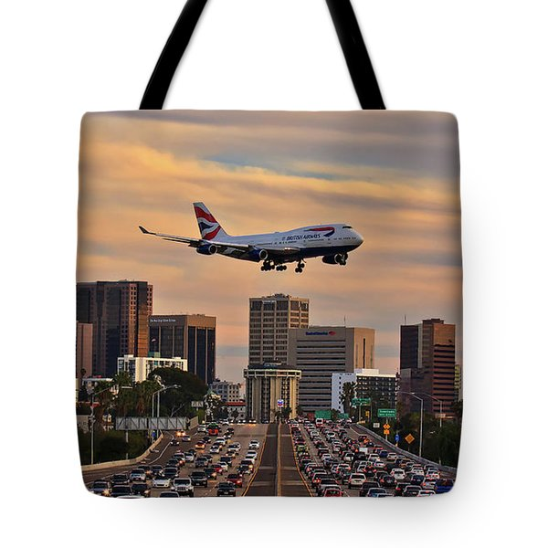Tote Bag featuring the photograph Boeing 747 Landing In San Diego by Sam Antonio Photography