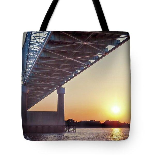 Bridge Over Mississippi River Tote Bag