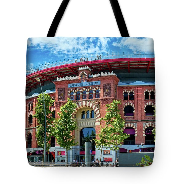 Tote Bag featuring the photograph Bullring In Barcelona by Eduardo Jose Accorinti