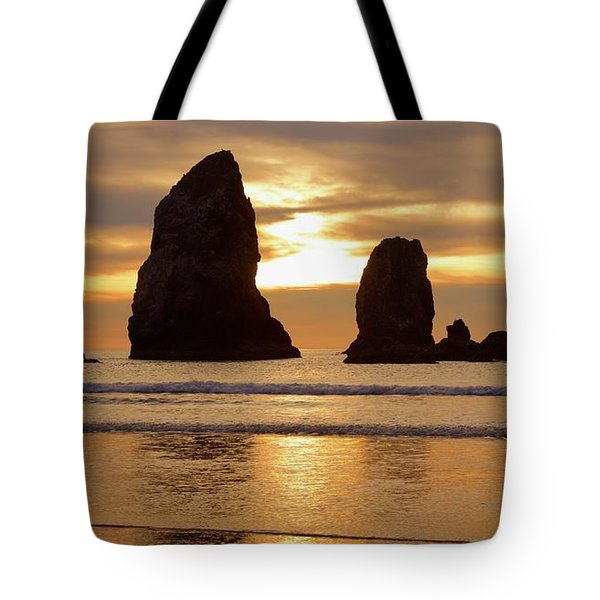 Cannon Beach November Sunset Tote Bag