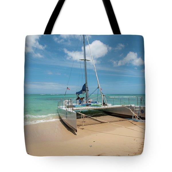 Catamaran On Waikiki Tote Bag
