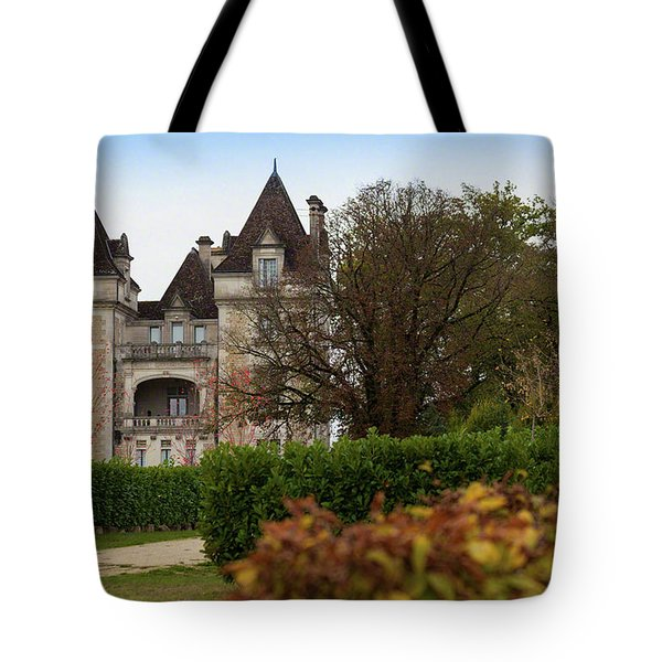 Chateau, Near Beynac, France Tote Bag