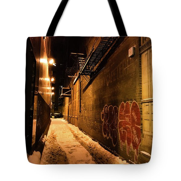 Tote Bag featuring the photograph Chicago Alleyway At Night by Shane Kelly