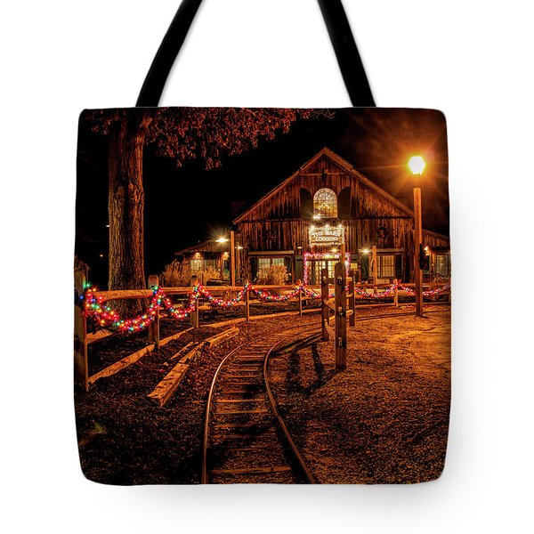 Tote Bag featuring the photograph Christmas At The Barn In Smithville by Kristia Adams