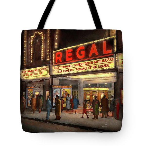 Tote Bag featuring the photograph City - Chicago Il - Nightlife At The Regal Theater 1941 by Mike Savad