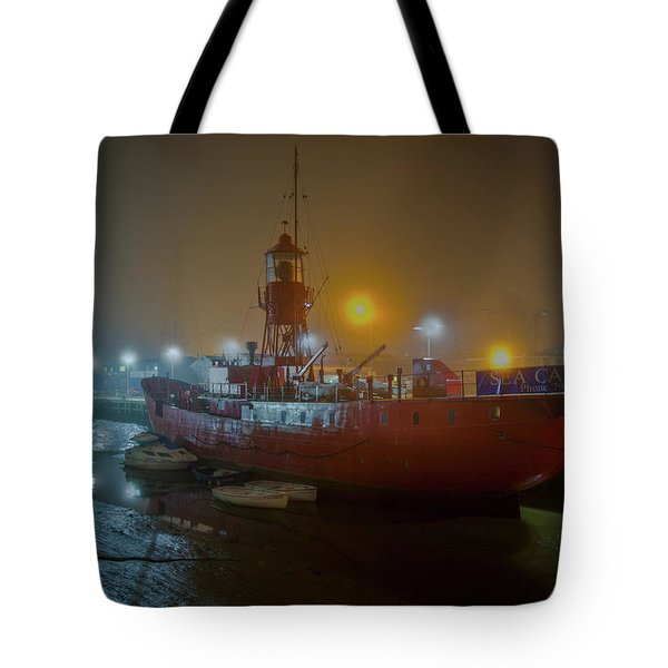 Tote Bag featuring the photograph Colne Lightship In The Fog by Gary Eason