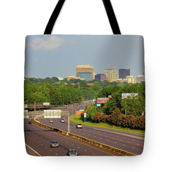 Tote Bag featuring the photograph Columbia Skyline From Greystone by Joseph C Hinson Photography