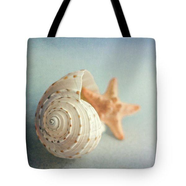 Conch Shell And Starfish Tote Bag