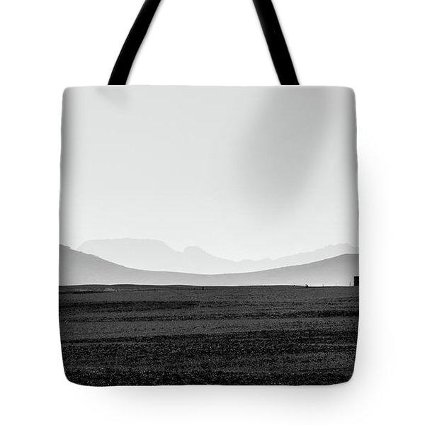 D1148p Tote Bag