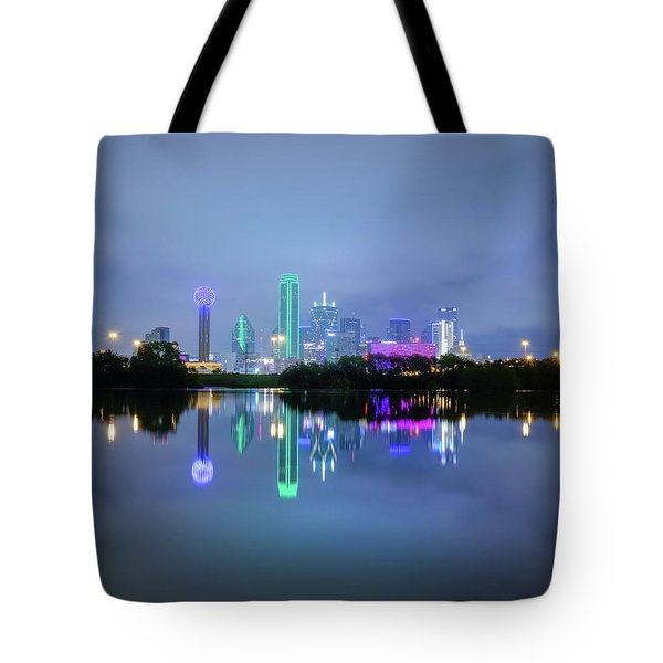 Tote Bag featuring the photograph Dallas Cityscape Reflection by Robert Bellomy