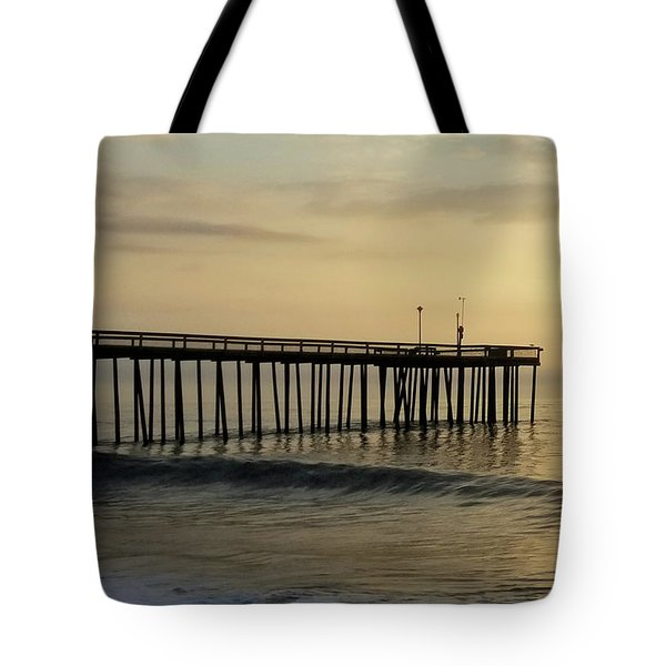 Tote Bag featuring the photograph Daybreak Over The Ocean 1 by Robert Banach