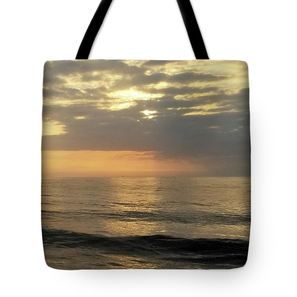 Tote Bag featuring the photograph Daybreak Over The Ocean 3 by Robert Banach