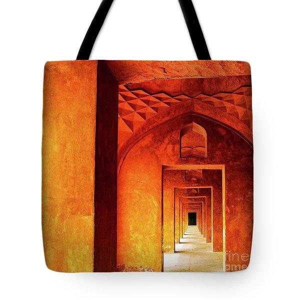 Doors Of India - Taj Mahal Tote Bag