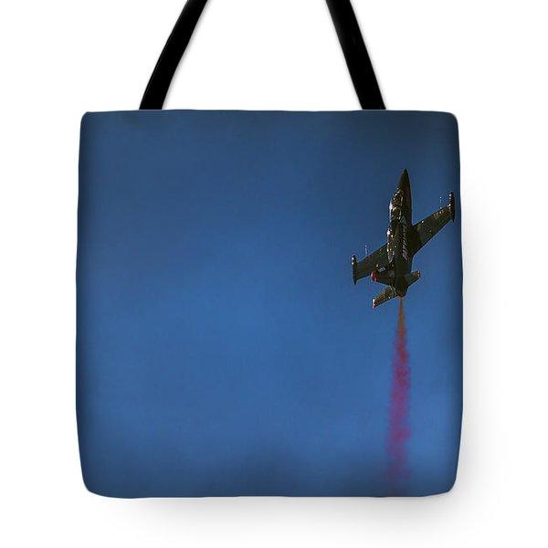 Dramatic Solo Tote Bag