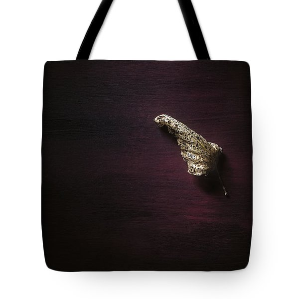 Dry Leaf On Muted Red Tote Bag