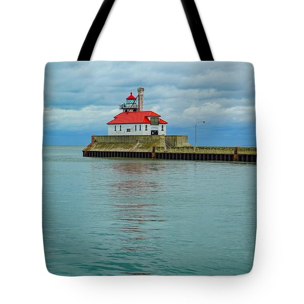 Duluth Lighthouse 2 Tote Bag