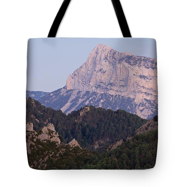 Tote Bag featuring the photograph Dusk At Pena Montanesa by Stephen Taylor