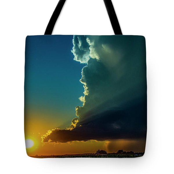 Dying Nebraska Thunderstorms At Sunset 068 Tote Bag