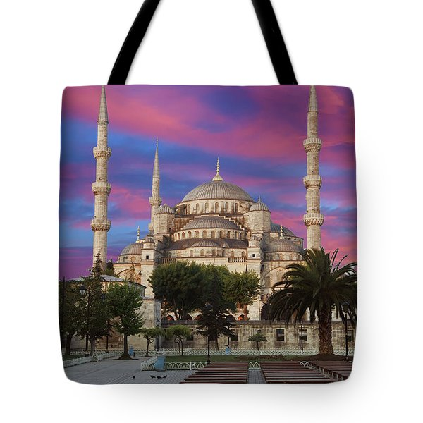 Early Morning Light On  Sultan Ahmet Camii Tote Bag
