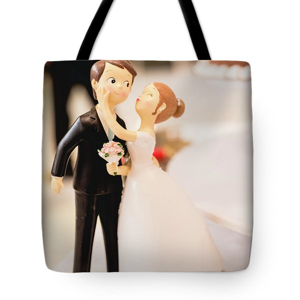 Elegant Wedding Cake Dolls Tote Bag