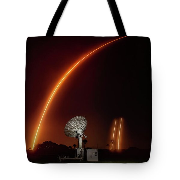 Falcon Heavy Night Launch And Landing Tote Bag