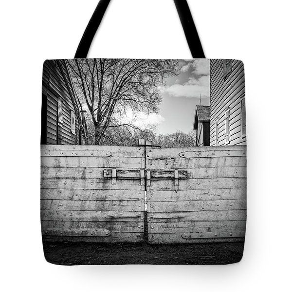 Tote Bag featuring the photograph Farm Gate by Steve Stanger