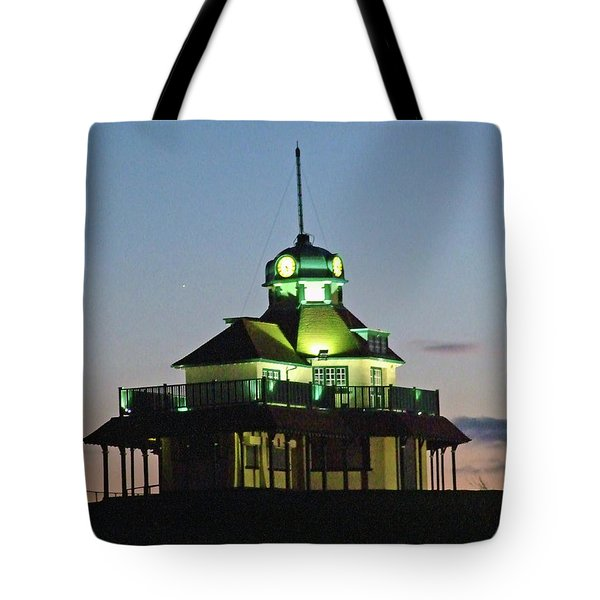 Fleetwood. The Mount Pavillion. Tote Bag