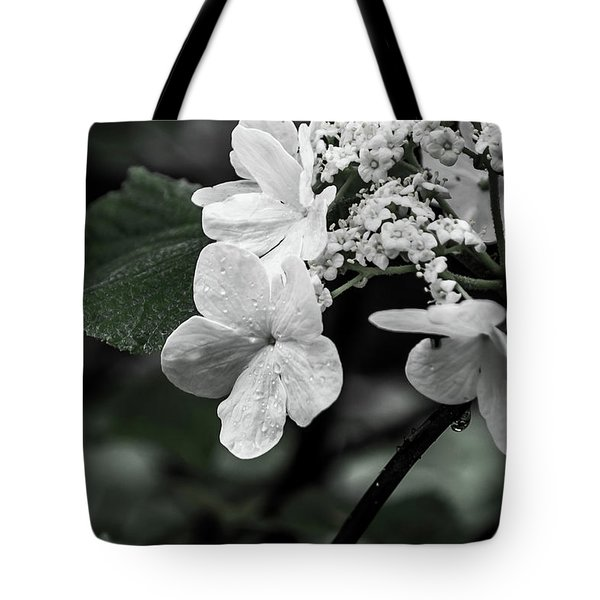 Flower And Rain Drops  8645 Tote Bag
