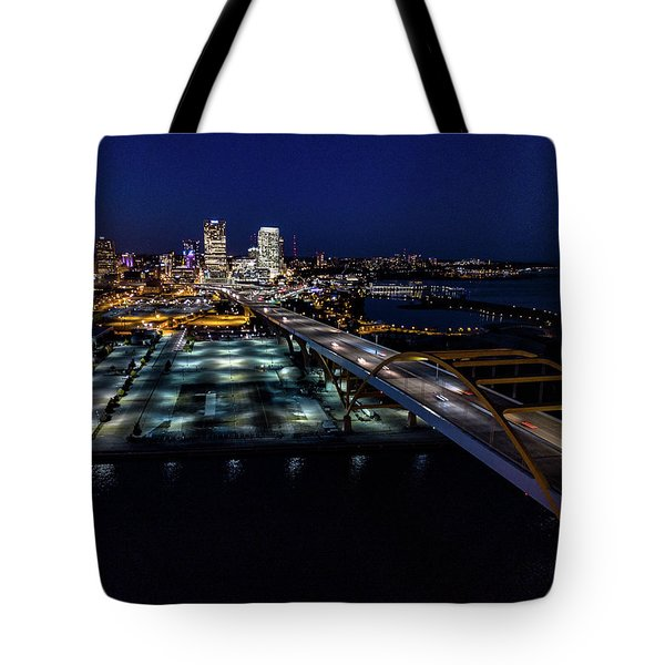 Tote Bag featuring the photograph Gateway To Milwaukee by Randy Scherkenbach