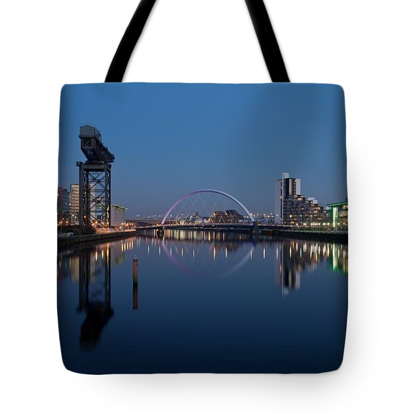 Glasgow Relfected Tote Bag