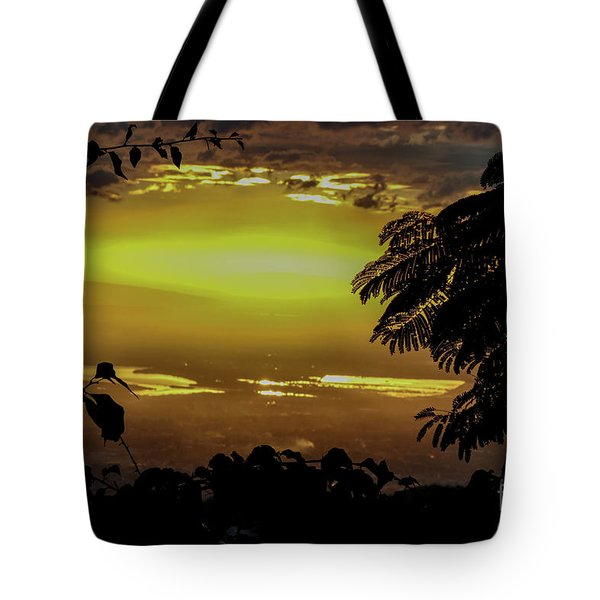 Golden Sunset On Strawberry Hill Tote Bag