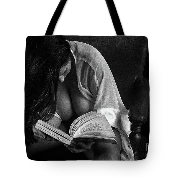 Grace Reads Chinese Tote Bag