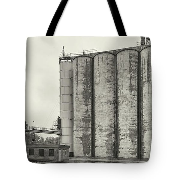 Grain Elevators, Upper Midwest Tote Bag