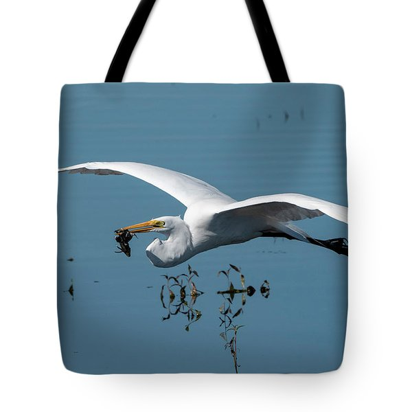 Great Egret Flying With Fish Tote Bag