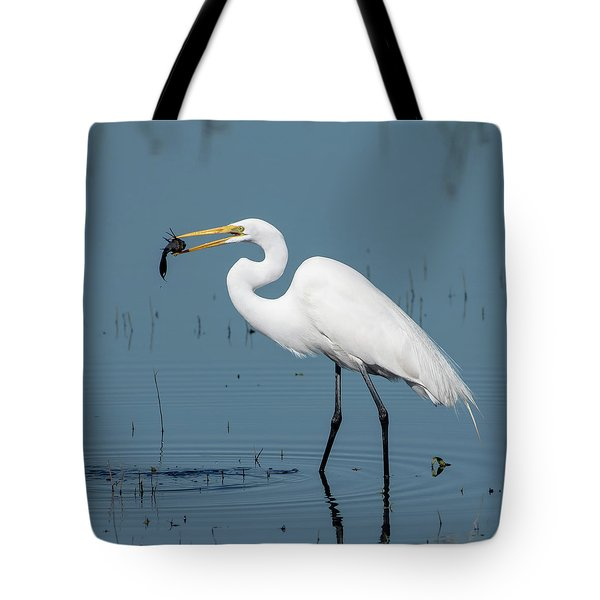 Great Egret With Fish Tote Bag