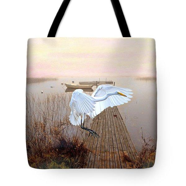 Great White Heron Landing Tote Bag