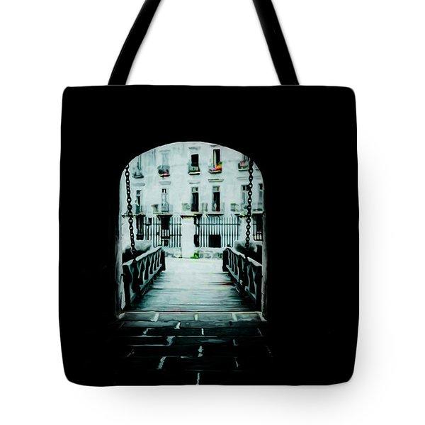 Havana  Poster 1 Tote Bag