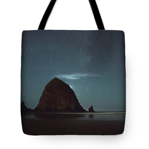 Haystack Under The Stars Tote Bag