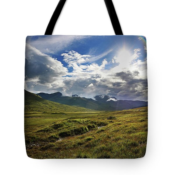 Highlands Afternoon Tote Bag