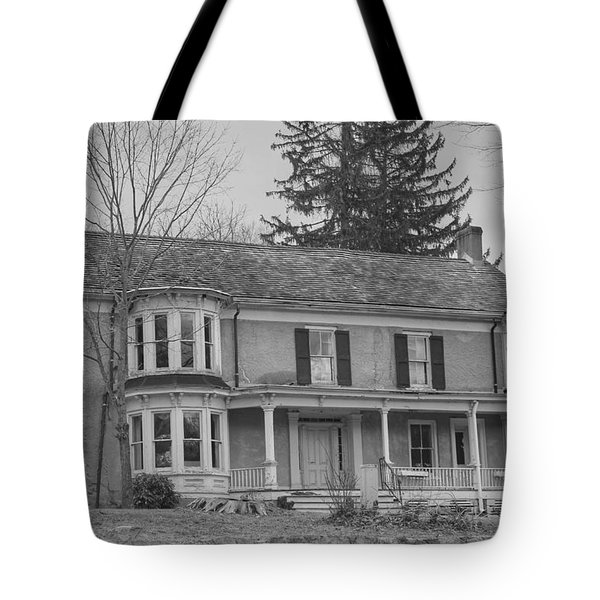 Historic Mansion With Towers - Waterloo Village Tote Bag