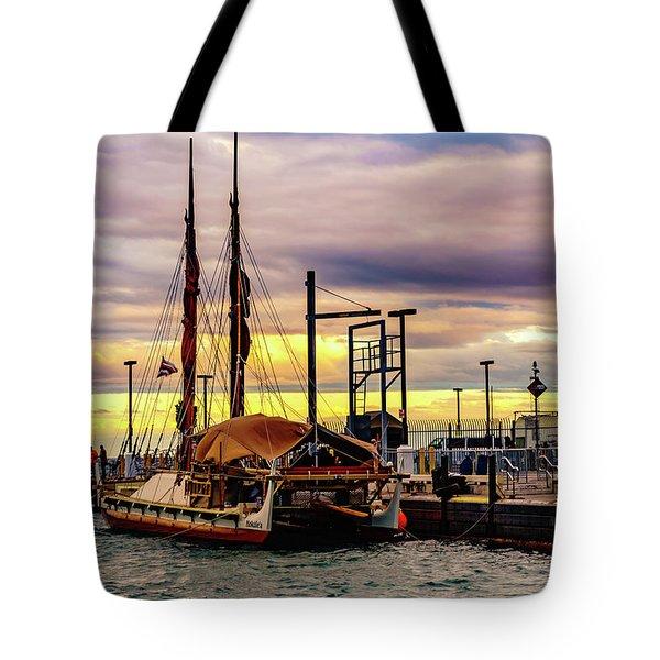 Hokulea Docked Tote Bag