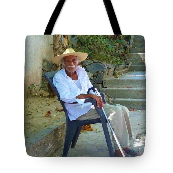 Tote Bag featuring the photograph Hola Senor by Rosanne Licciardi