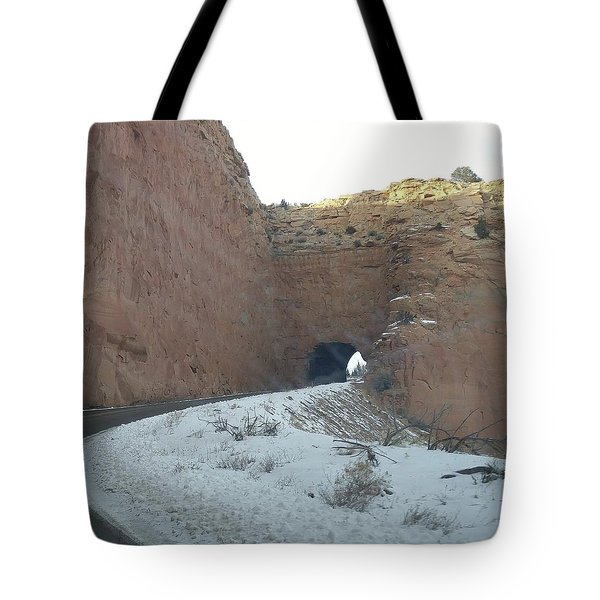 Hole In The Rock Tote Bag