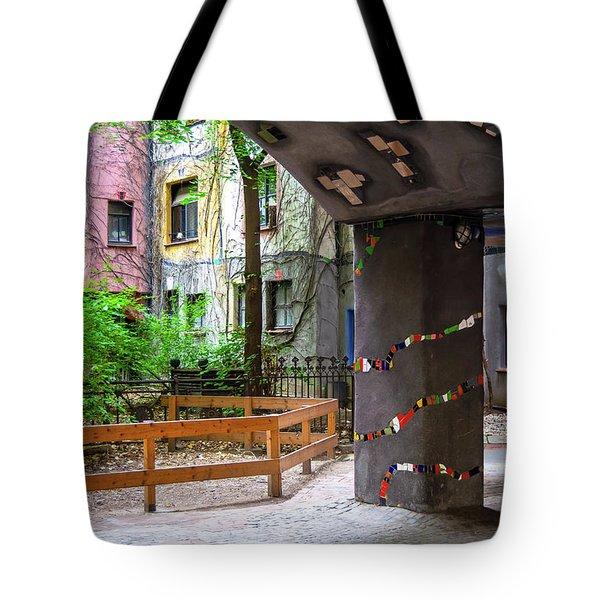 Hundertwasserhaus II Tote Bag