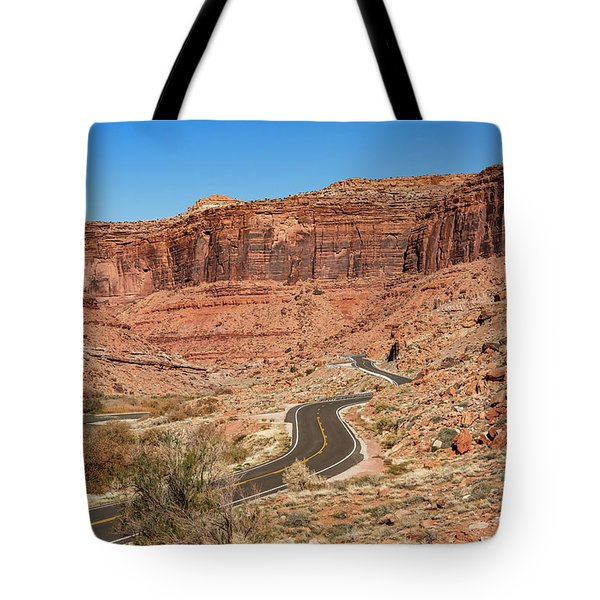 Tote Bag featuring the photograph Into The Red Cliffs by Andy Crawford